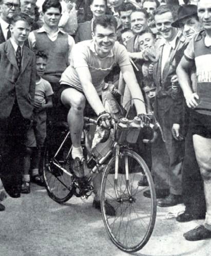 Gene Mangan After His Rás Win 1955